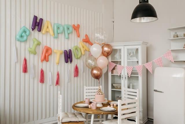 רעיונות ליום הולדת לגיל 61